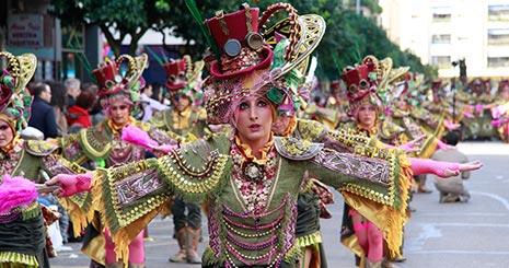 Las Monjas, primer premio del Desfile de Comparsas (adultas)