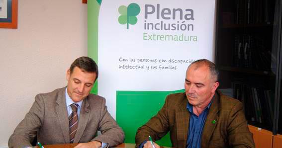 Plena inclusión Extremadura y FREMAP firman un convenio de colaboración.