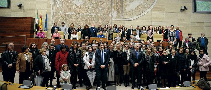 Conmemoración del Día Mundial de las Enfermedades Raras. Grada 122. Asamblea de Extremadura