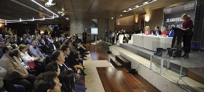 La Asociación Oncológica de Extremadura celebra su vigésimo aniversario. Grada 123. Asamblea de Extremadura