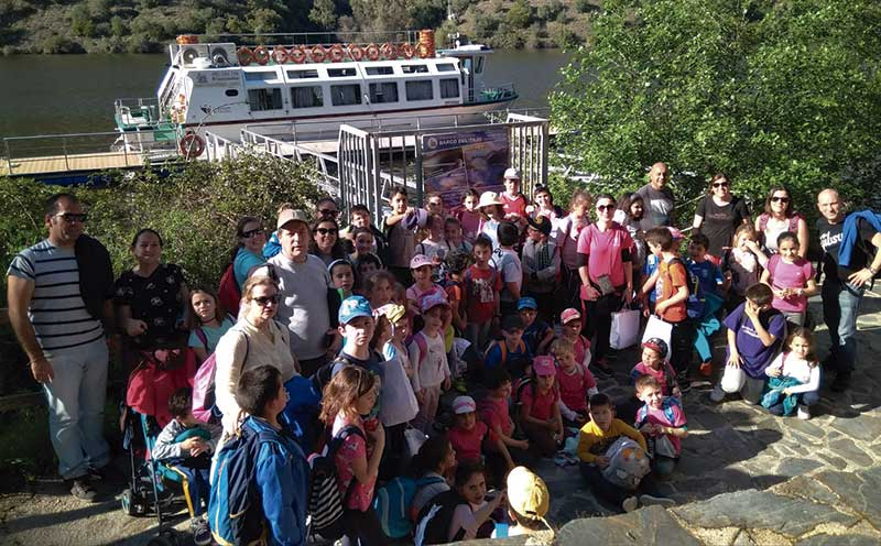 Encuentro entre escolares de la Reserva de la Biosfera Tajo-Tejo Internacional. Grada 123. Diputación de Cáceres
