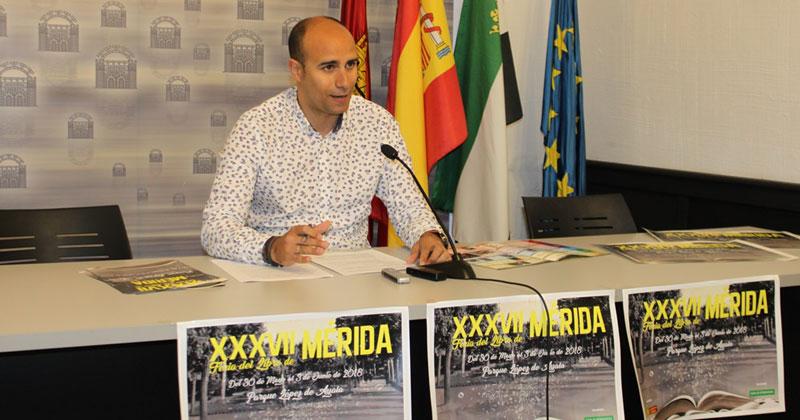 La Feria del Libro de Mérida estrena nueva distribución en el Parque López de Ayala