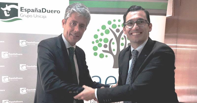 Aeef y EspañaDuero realizan un acuerdo para la formación de jóvenes