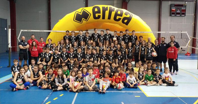 Las Escuelas Cacereñas de Voleibol concluyen la temporada deportiva