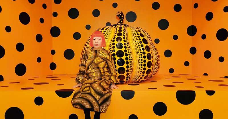 'Kusama with pumpkin', de Yayoi Kusama. Grada 124. Arte