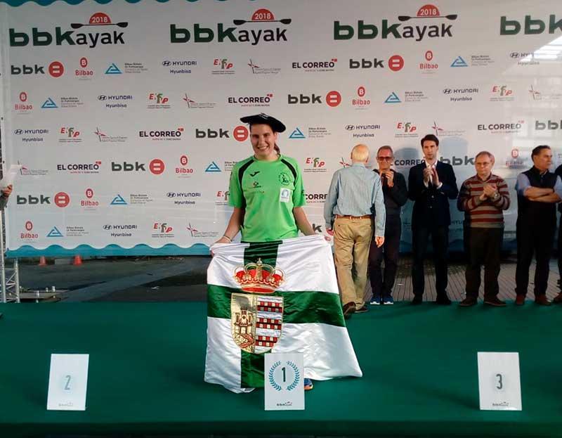 Elena Ayuso consigue la medalla de oro en la BBKayak
