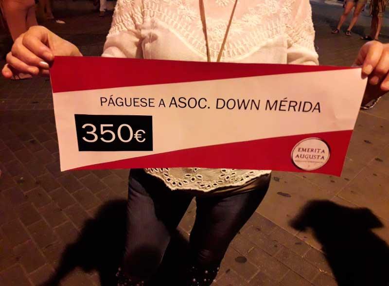 Entrega de cheque Down Mérida