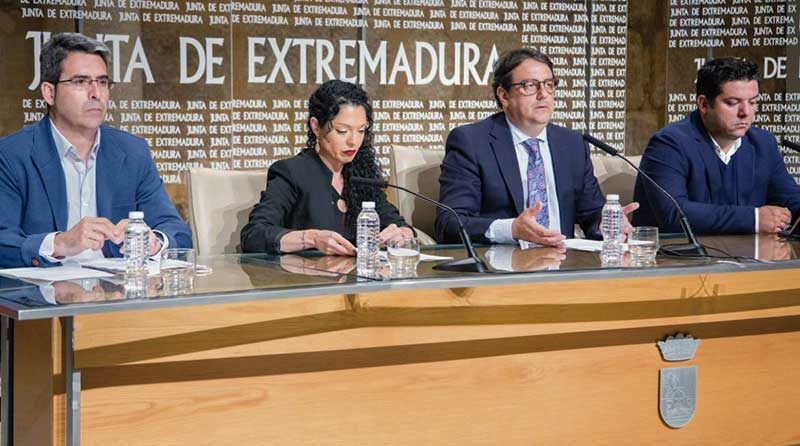 Los Espacios Educativos Saludables atienden a un millar de jóvenes en riesgo de exclusión social. Grada 125. Primera fila. Sepad
