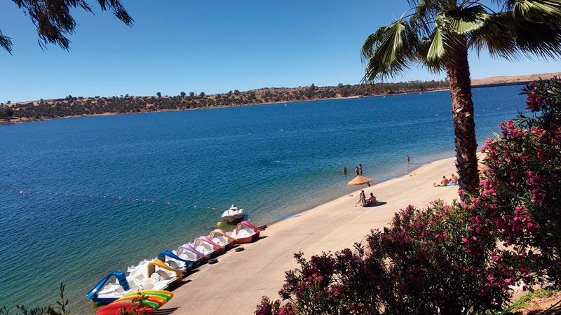 La Diputación de Badajoz promociona el turismo de embalses en la provincia. Grada 126