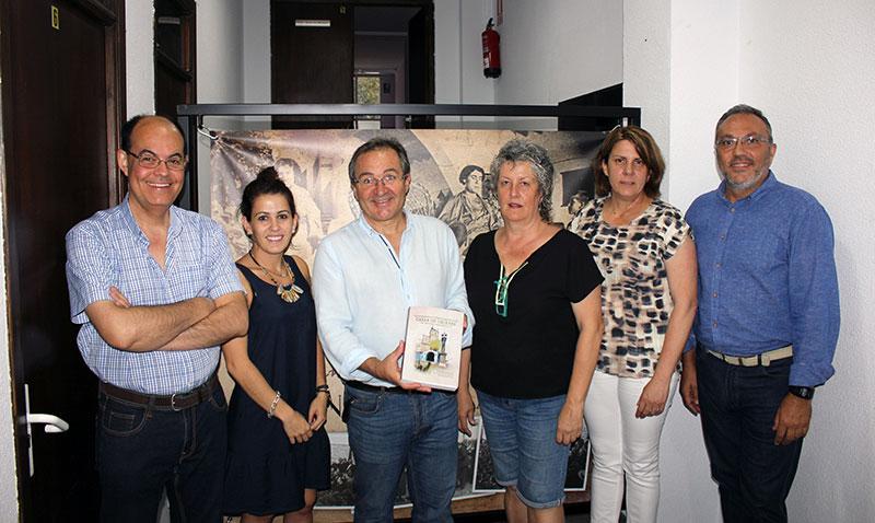 Un libro recoge el patrimonio histórico-artístico y el entorno arqueológico de Casar de Cáceres