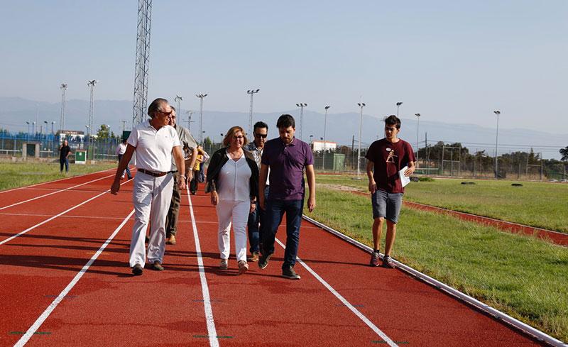 La Diputación de Cáceres rehabilita las pistas de atletismo de Navalmoral de la Mata