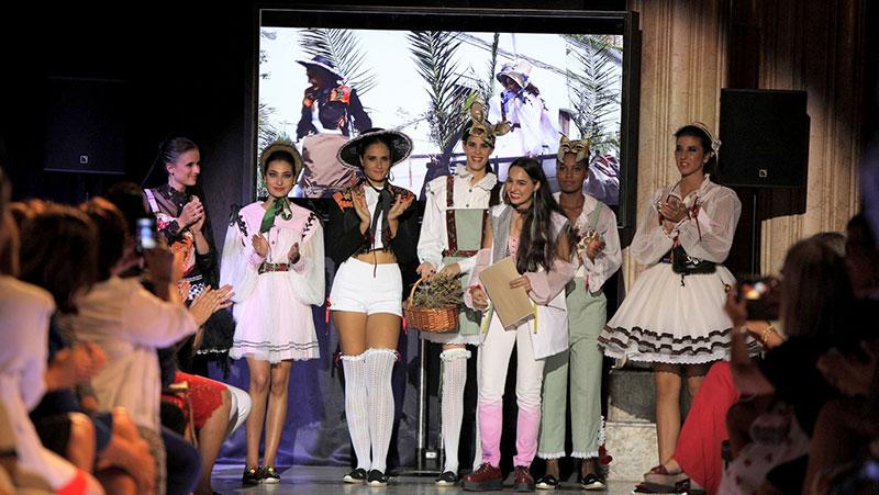 Laura Manuela Sánchez gana el Premio de Moda Nacional para Jóvenes Diseñadores