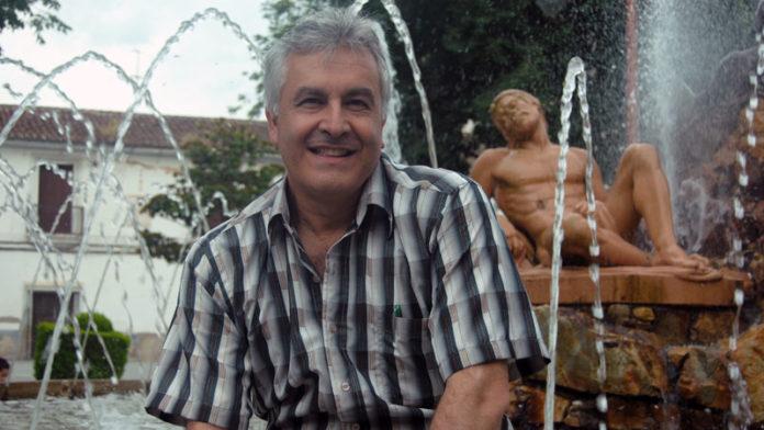 Antonio María Flórez. Ganador del concurso de relatos '25 años / Lunas de Oriente'