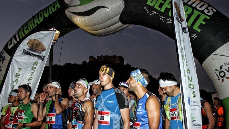 Lidia de la Calle y Carlos Caldera consiguen la victoria en el Trail Ultra Artesanos de Torrejoncillo