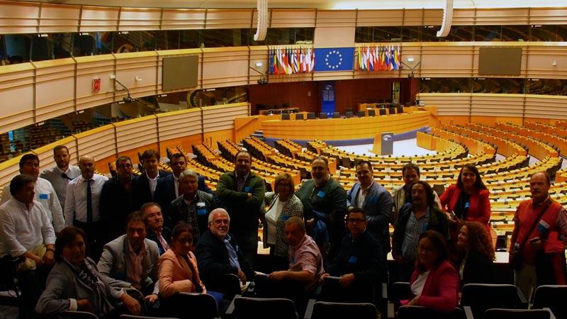 Una delegación de la Diputación de Cáceres visita Bruselas. Grada 127