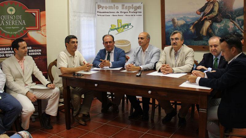 Caja Rural de Extremadura pone en marcha los I Premios Espiga de Quesos DOP