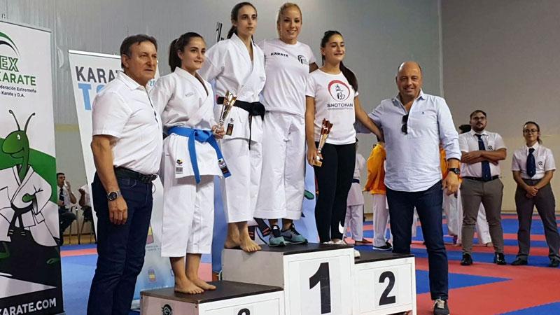 Comienza la temporada de karate en el pabellón Multiusos de Cáceres