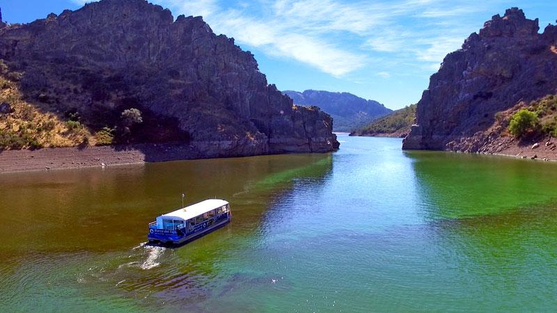 El Barco del Tajo estrena una nueva ruta fluvial, denominada 'La ruta de los gigantes'