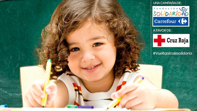 Carrefour entrega a Cruz Roja material escolar para la infancia vulnerable de Extremadura