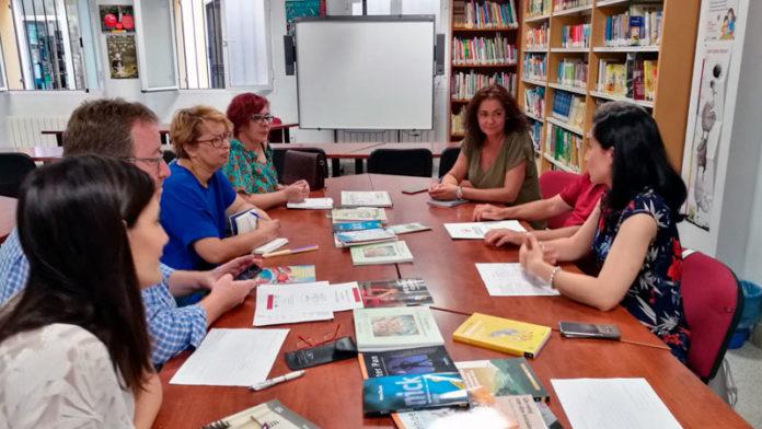 La Diputación de Badajoz promociona la lectura fácil