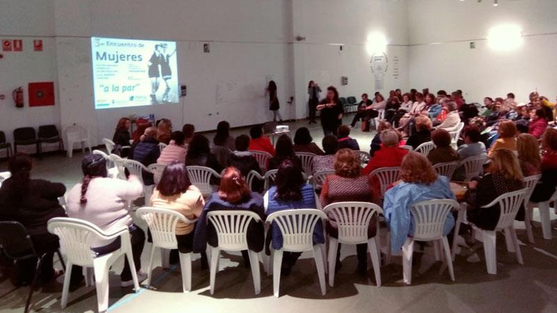 Un centenar de mujeres participan en el encuentro 'A la par' de Plena inclusión Extremadura
