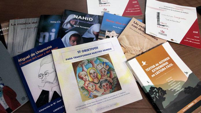Clubes de lectura fácil para migrantes