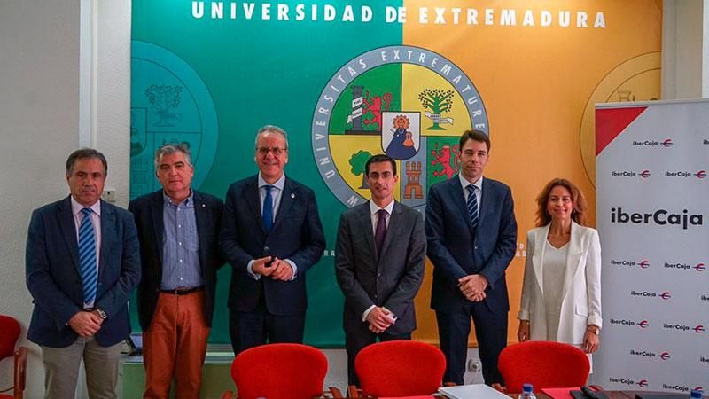 La III Feria de Empleo y Emprendimiento de la Universidad de Extremadura se celebrará en Badajoz