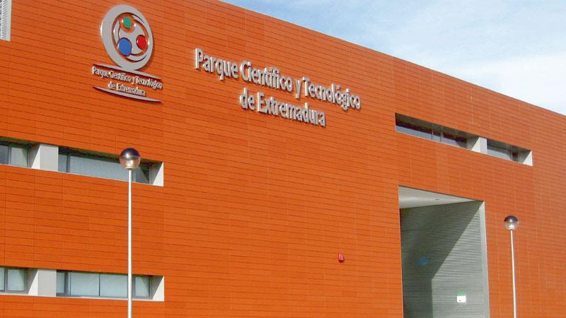 El Centro Demostrador de las TIC analizará en Badajoz el impacto de nuevas herramientas tecnológicas en la gestión de las energías renovables