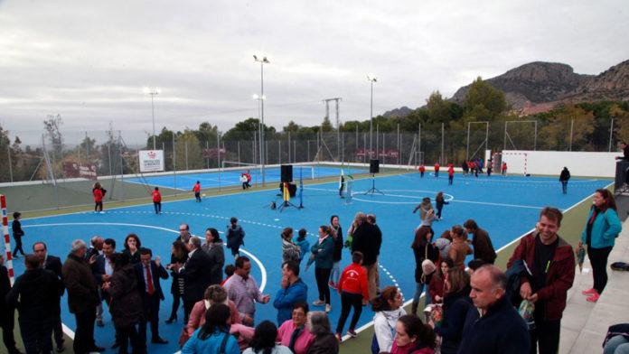 La Diputación de Badajoz asume la remodelación de las pistas polideportivas de Hornachos