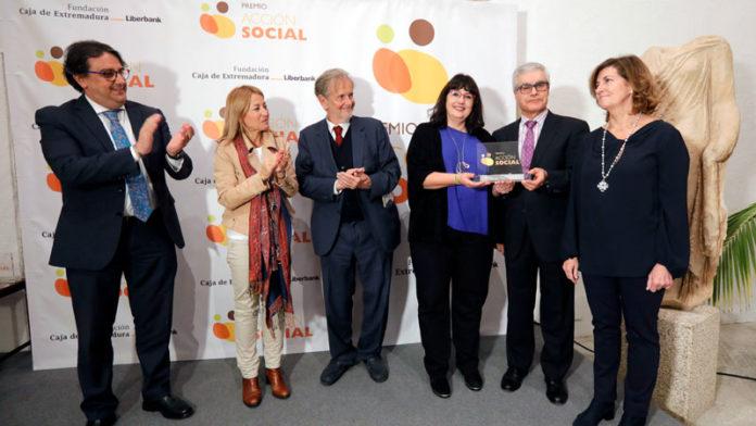 La Fundación Caja de Extremadura entrega su Premio Acción Social, dotado con 6.000 euros