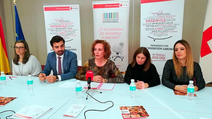 Cruz Roja celebra la mesa de diálogo 'Proyecto reto social empresarial. Alianzas por la inserción laboral'
