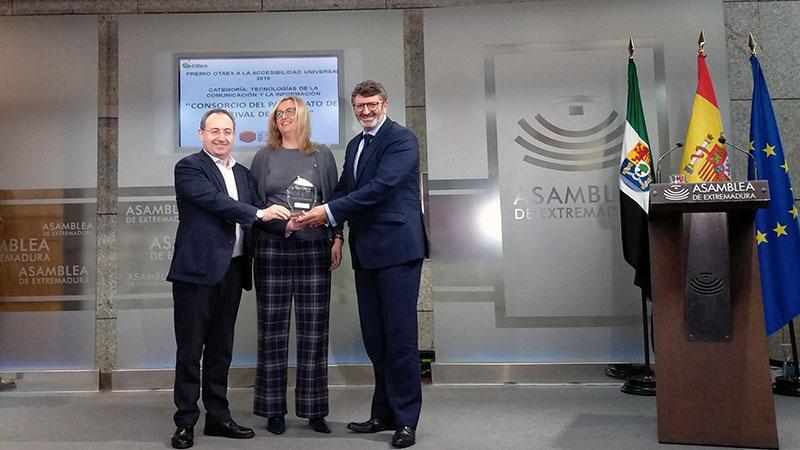 El Patronato del Festival de Mérida recibe uno de los premios Otaex 2018