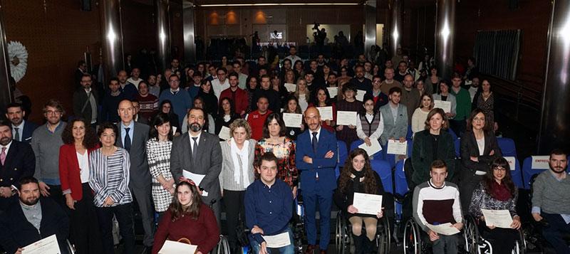 Fundación ONCE otorga tres becas a estudiantes con discapacidad de la Universidad de Extremadura