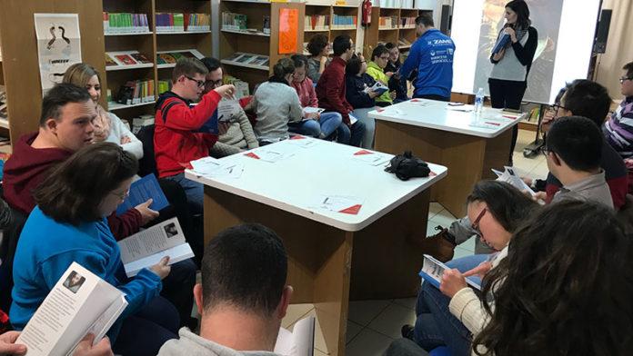La biblioteca municipal de Zafra impulsa un club de lectura fácil con la Asociación Down Zafra