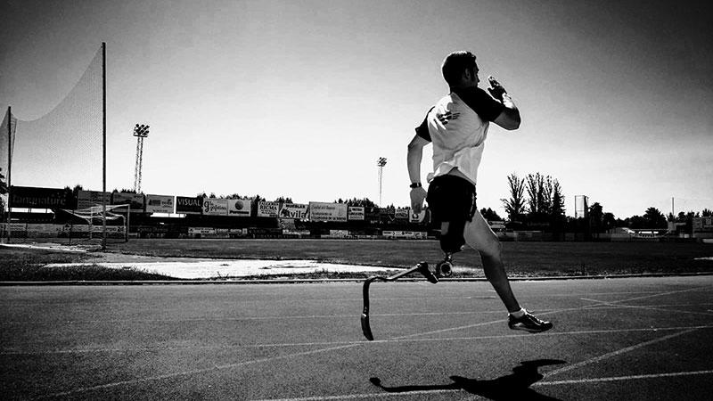 La acción social de Asepeyo lleva a la élite a dos deportistas extremeños