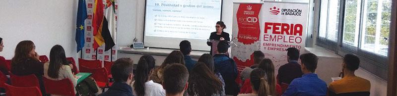 Casi 2.000 personas han participado en las Ferias de Empleo, Emprendimiento y Empresa 2018. Grada 130. Diputación de Badajoz
