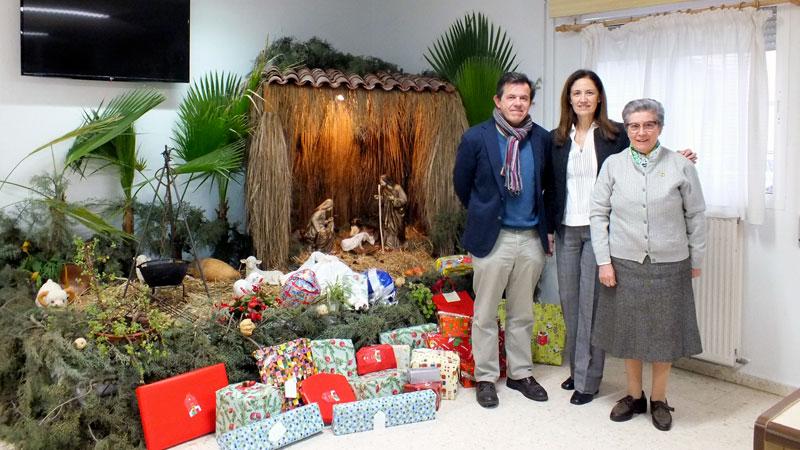 El programa 'Una sonrisa por Navidad' de Ibercaja ha llevado juguetes a los niños con menos recursos