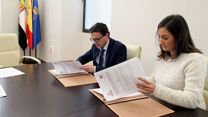La Diputación de Badajoz y la Fundación Muñoz Torrero firman un acuerdo de cooperación
