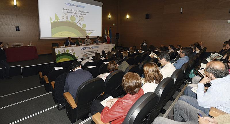 La Oficina Europa de Diputación de Cáceres y su compromiso contra el despoblamiento. Grada 131