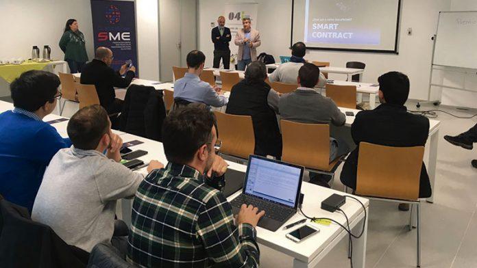 Expertos digitales internacionales asesoran a pequeñas y medianas empresas de la región. Grada 131. Fundecyt-Pctex