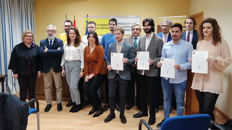La Fundación Valhondo entrega las credenciales de los contratos predoctorales de los tres últimos años