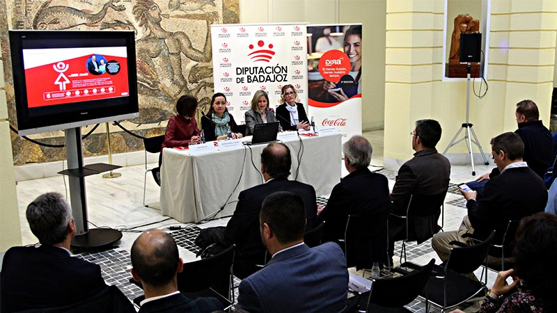 La tercera edición de 'Gira Mujeres' de Coca-Cola llega a la provincia de Badajoz