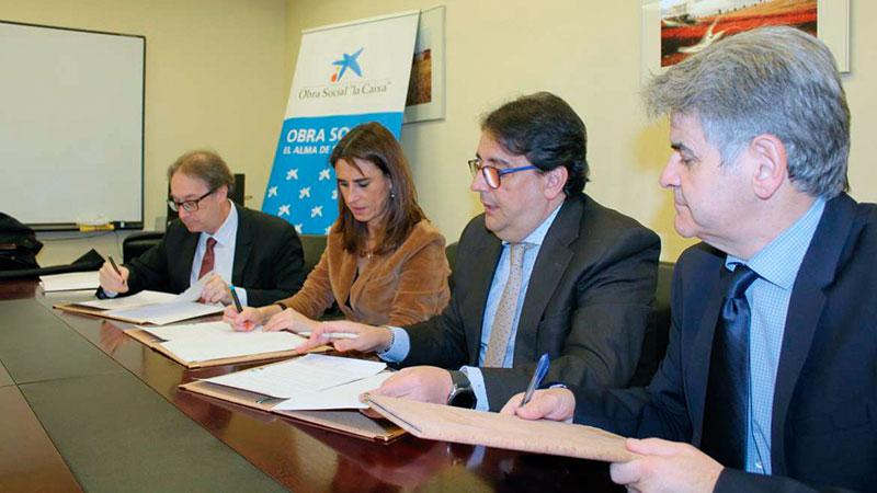La Junta de Extremadura y La Caixa renuevan su compromiso con la atención psicosocial en cuidados paliativos. Grada 132. Sepad