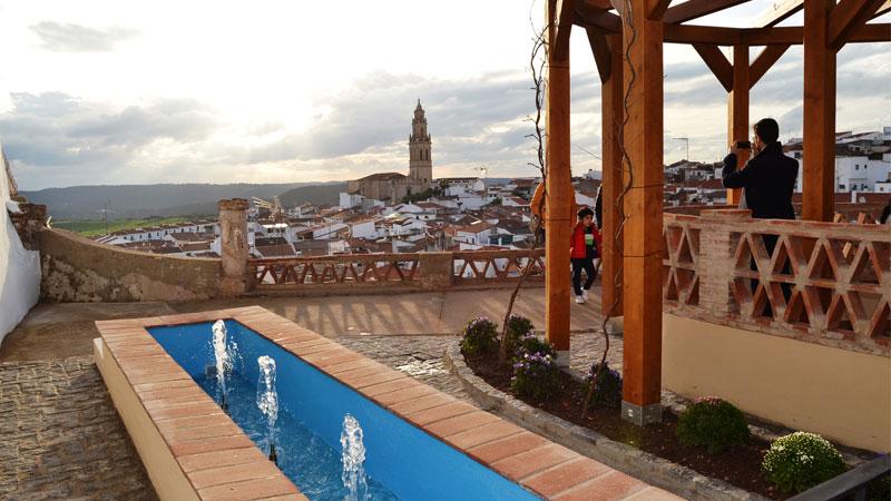 El mirador de San Agustín se convierte en un nuevo reclamo turístico de Jerez de los Caballeros