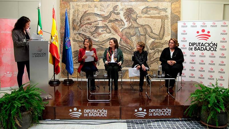 La Diputación de Badajoz organiza el 'Foro de las mujeres' en conmemoración del Día internacional de la mujer