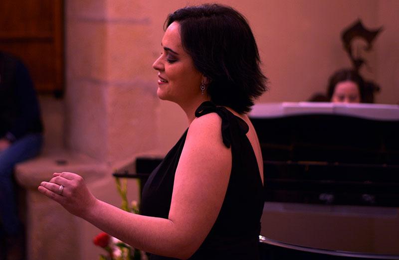 """Entrevista a la soprano Mariló Valsera: """"Es un mito que la lírica y la ópera sea música de élites"""""""