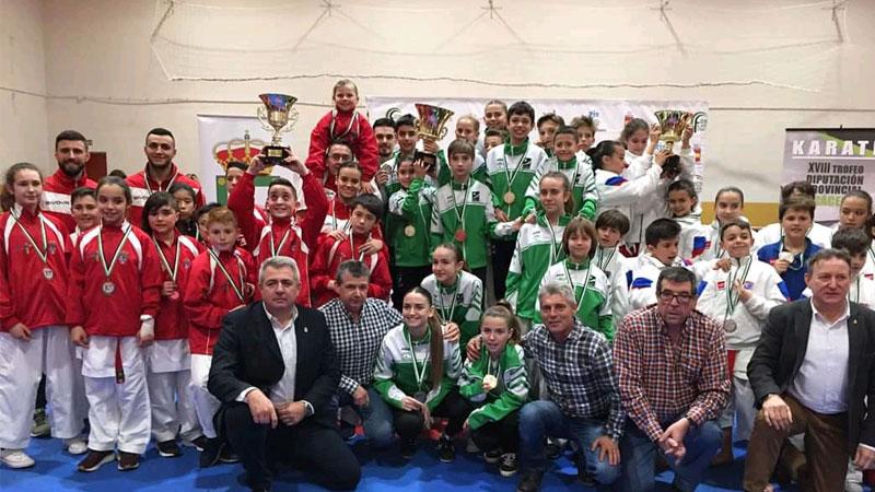 XVIII Trofeo Diputación de Cáceres de karate en el Pabellón Municipal Loida Zabala