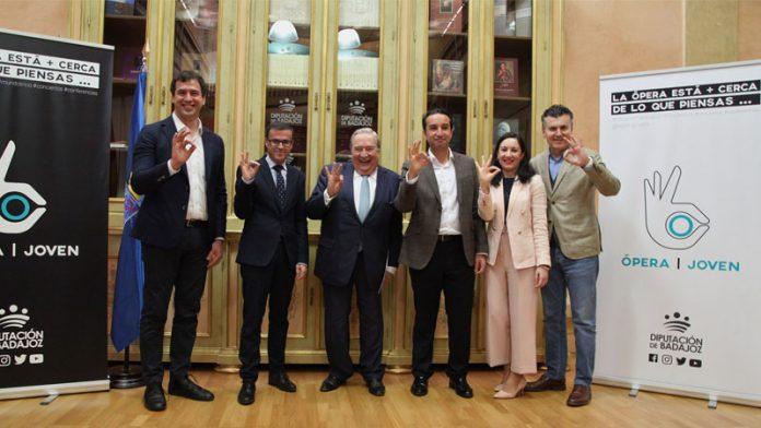 La Diputación de Badajoz lleva la ópera a los municipios de la provincia