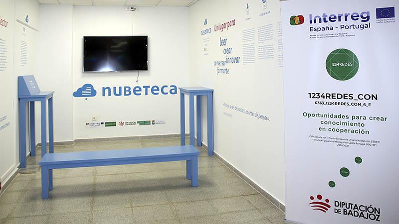 Puebla de la Calzada inaugura su 'Espacio Nubeteca' en la biblioteca municipal