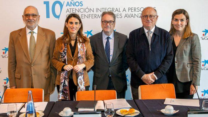 El programa para la atención integral a personas con enfermedades avanzadas de La Caixa celebra en Extremadura su primera década